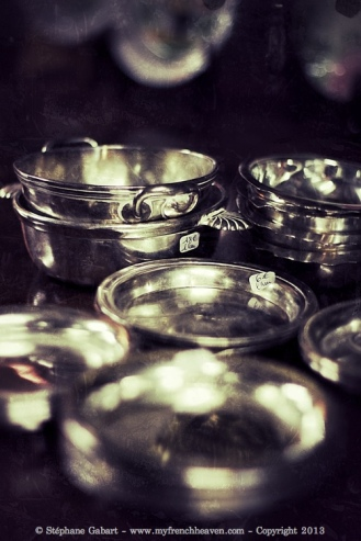 Silver bowls and coasters