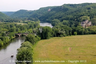 View of the Dordogne from Beynac castle