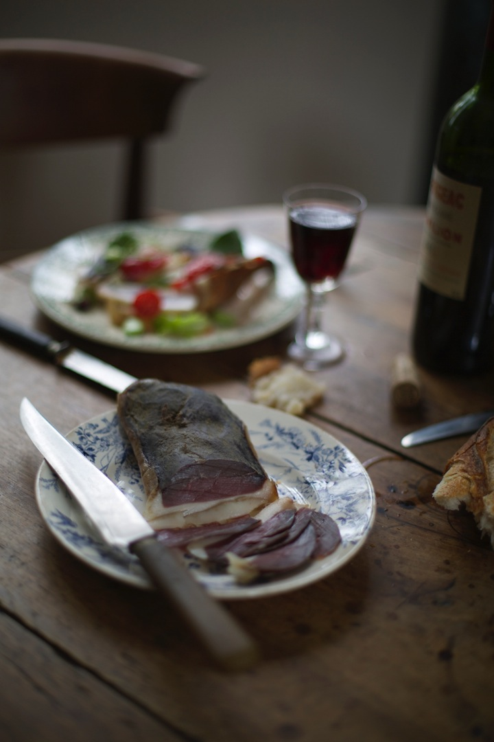 Cured duck breast - Wine tours in Bordeaux - Food and photography workshops - Food photography - Food and lifestyle photography