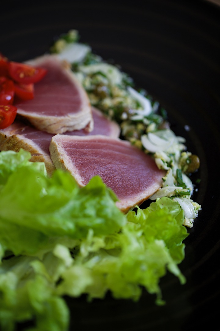 Tuna and green vinaigrette