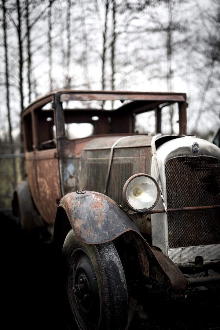 classic-citroen-car